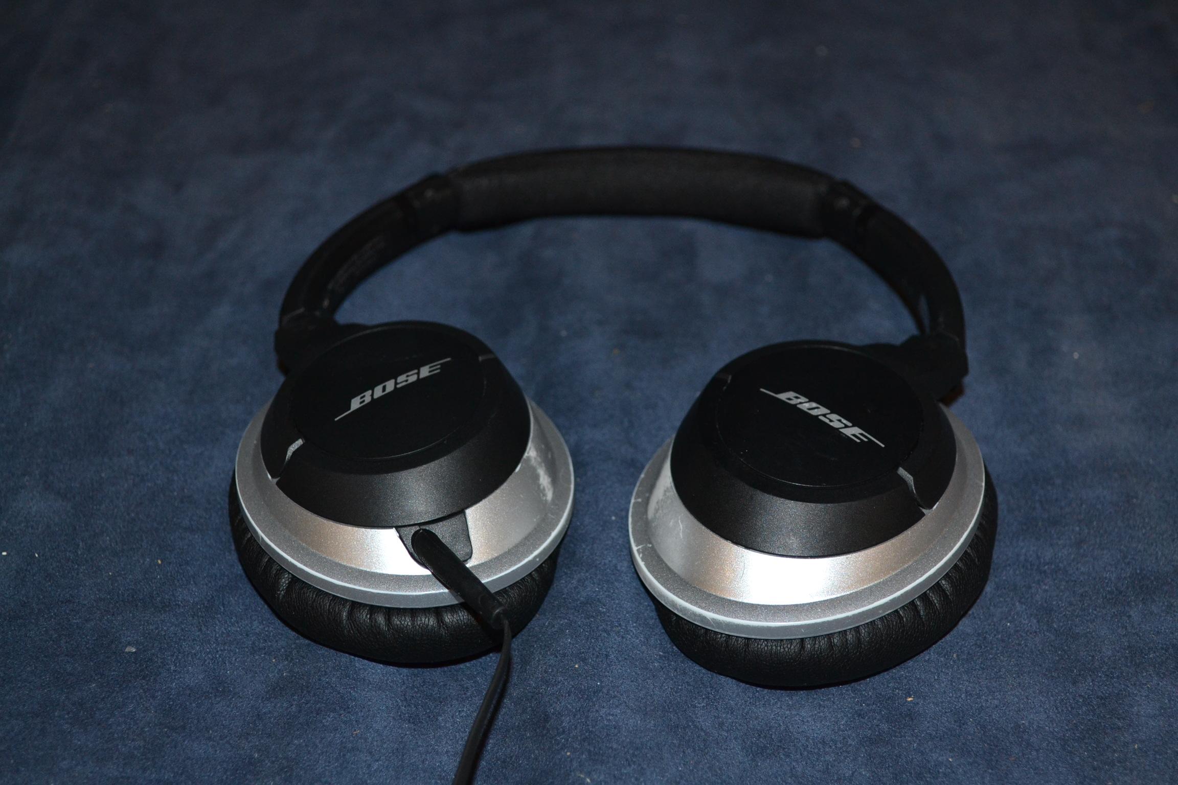 Bose Ae2 Around Ear Wired Audio Headphones Black Earphones