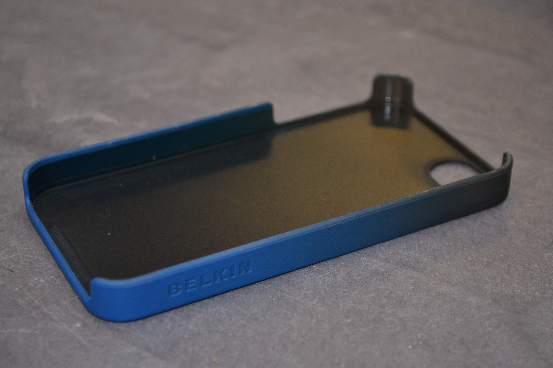 Image 2 of Belkin Fade Case For iPhone 4 4S Cover Blue Fitted