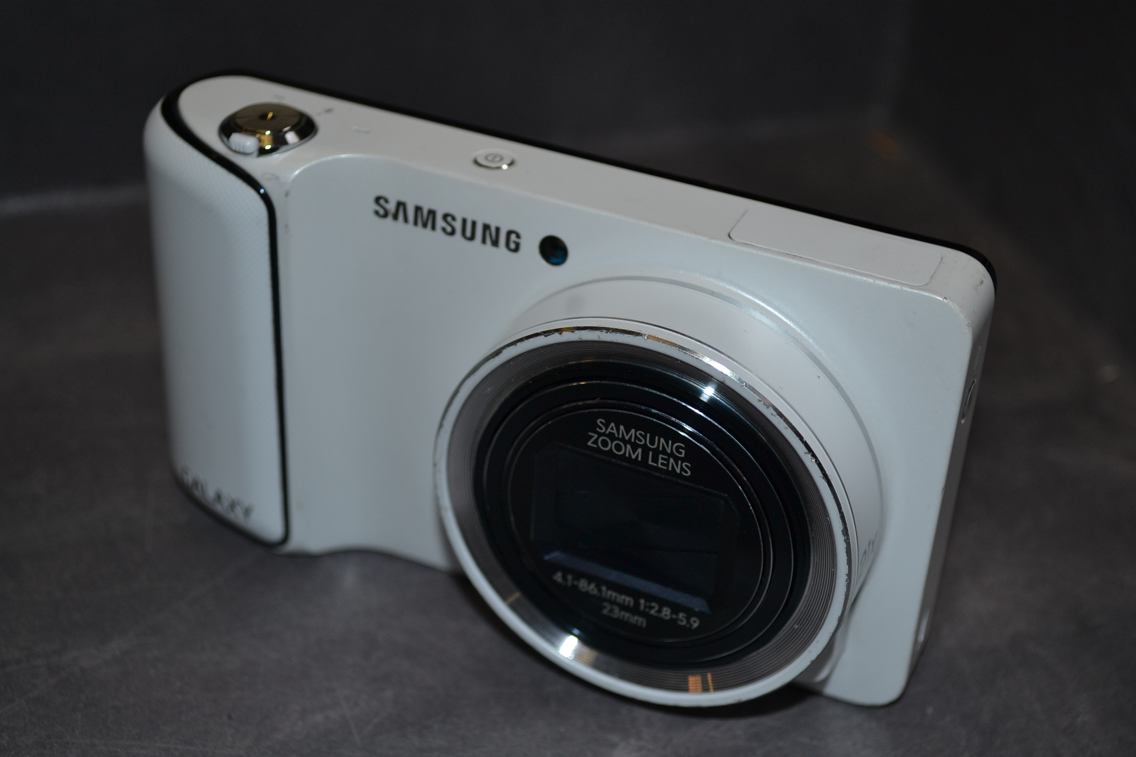 Samsung Galaxy Camera With Android Jelly Bean V4.1.2 Os 16 ...